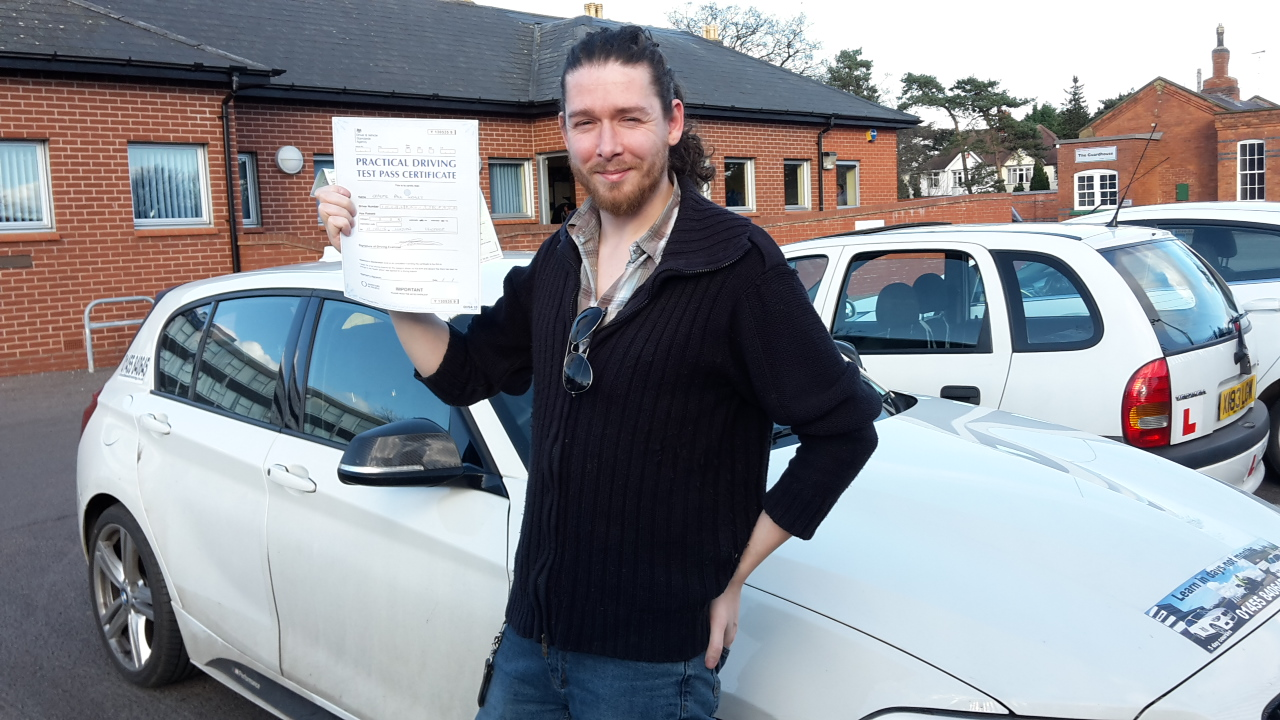 Pass the driving test in Hinckley