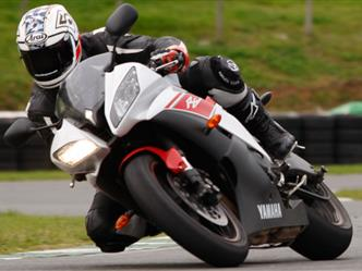 Motorcycle lessons on Track at Mallory Park