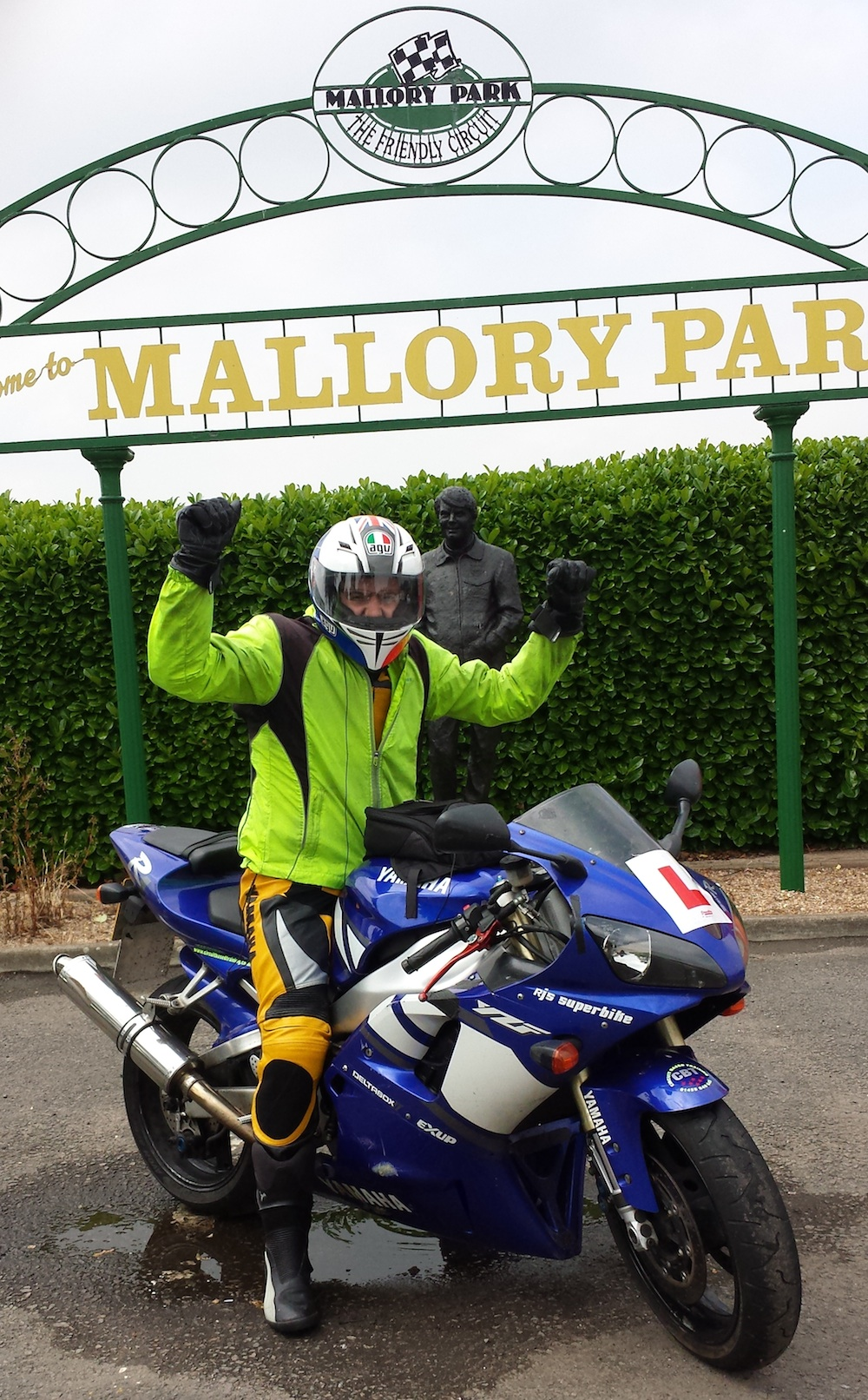 Motorcycle test pass in Luton, Leicester, croydon, Southampton, Newbury, Reading,Maidenhead, Slough,Hayes