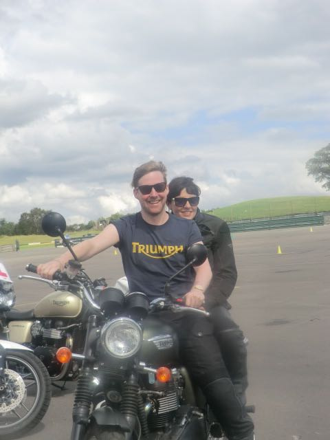 Kaiser Chiefs pass their bike test at Mallory Park